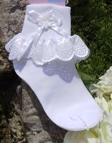 Children's matching bridal socks for tennies with lace